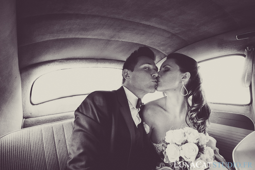 photographe mariage suisse Dani Patrick voiture