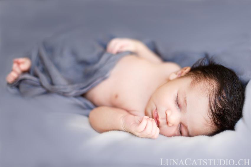 séance photo nouveau-né bébé
