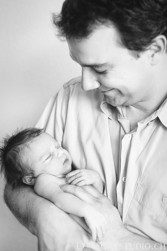 photographe nouveau-né lausanne Elio