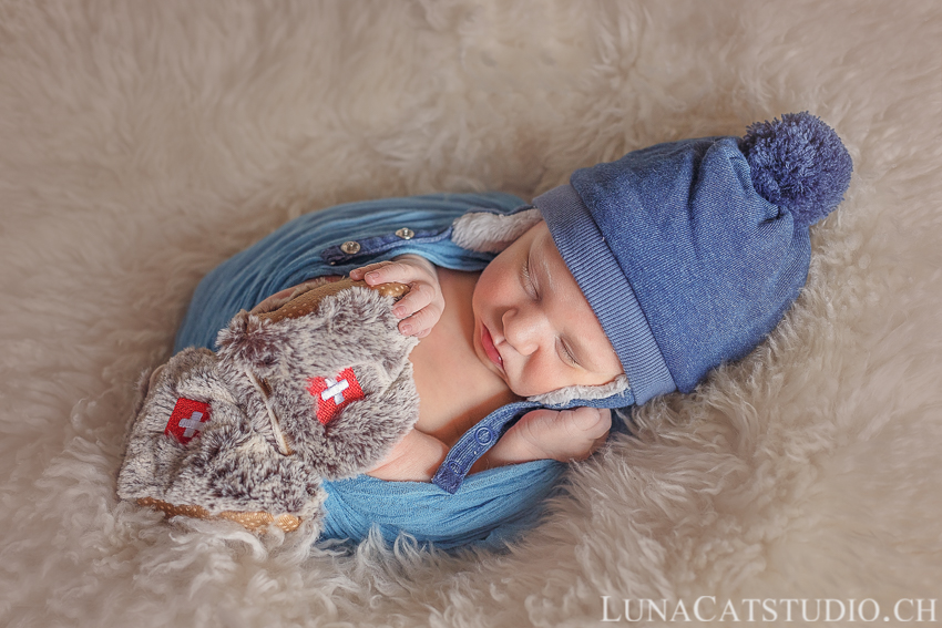 gland newborn photographer
