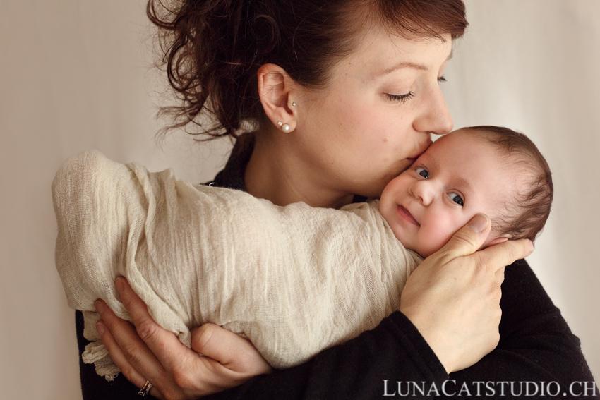 photographe lausanne portrait maman bébé